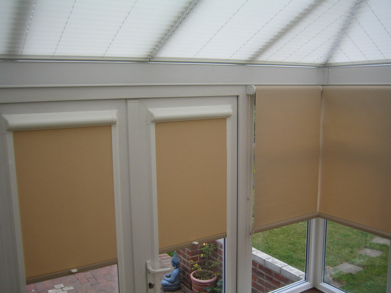 Perfect fit blinds by louvolite for Door roller blinds