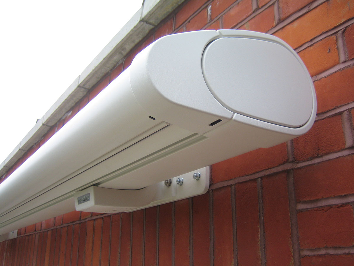 omnistor awning fitting instructions